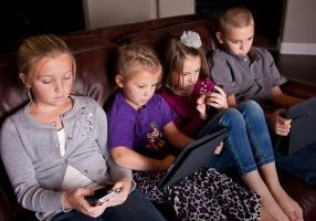 Resons to Limit Screen Time